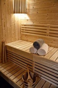 In Munich's Phoenix-Bad you can relax while taking a sauna.